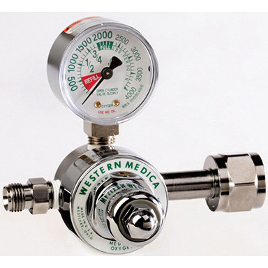 Preset Pressure Oxygen Regulator, 3000psi, DISS, CGA 540, Nut Nipple Connection