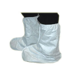 DuPont<sup>™</sup> Tyvek<sup>®</sup> Boot Covers